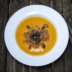 Experimente aus meiner Küche: Kürbissuppe mit Hackfleisch