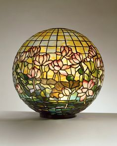 Tiffany Studios, Pond Lily Globe, ca. 1900-1905, leaded glass, bronze. Courtesy the Neustadt Collection of Tiffany Glass, New York.