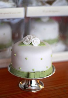 Mini wedding cake. So cute! Or more like this with White and Teal...no flowers just cake topper?