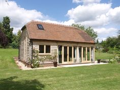 A great way to add an extra room for family or friends, or even an office or gym. This annexe building can be used for anything and fits beautifully in the grounds of your home. Log Home Plans, Barn Plans, Timber Frame Homes, Timber House, Barn Conversion Exterior, Barn Conversions, Metal Building Homes, Building A House, Oak Framed Buildings