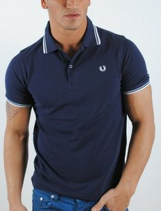 Polo de hombre Fred Perry marino Fred Perry, Man Style, Male Fashion, Polo Shirt, Polo Ralph Lauren, Summer, Mens Tops, Shirts, Outfits