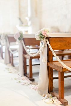 16 of the Impossibly Gorgeous Church Wedding Aisle Flowers for the Wedding. Church Pew Wedding Decorations, Wedding Church Aisle, Wedding Pews, Wedding Ceremony Flowers, Church Ceremony, Wedding Rustic, Church Pews, Wedding Vintage, Outdoor Ceremony