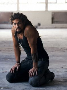 Jason Momoa - suddenly I think I might like the Conan the Barbarian movie! Jason Momoa, Pretty Men, Gorgeous Men, He's Beautiful, Pretty People, Beautiful People, My Sun And Stars, Raining Men, Attractive Men