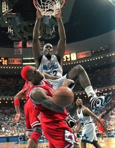 Shaquille O'Neal takin' it to The Worm.