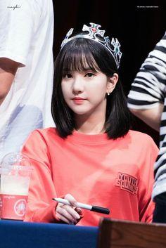 Queen Eunha Kpop Girl Groups, Korean Girl Groups, Kpop Girls, Jung Eun Bi, Cloud Dancer, G Friend, Sweet Girls, Korean Singer, South Korean Girls
