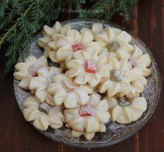 Fursecuri cu rahat (spritate) - Desert De Casa - Maria Popa Romanian Food, Romanian Recipes, Gluten, Pie, Sweets, Granddaughters, Desserts, Basket, Crochet