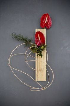 At Hamakuma Ikebana we provide ikebana arrangements and study options for people interested to learn ikebana in the canberra area. Ikebana Arrangements, Floral Arrangements, Garden Club, Flower Show, Chinese New Year, Creative Design, Floral Design, Bouquet, Diy Projects
