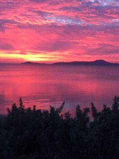 Sunrise near Wilsons Prom VIC Australia (3264 x 2448) thomostips http://ift.tt/2qvFw3K May 01 2017 at 07:07AMon reddit.com/r/ EarthPorn