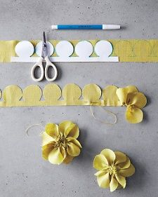 corsages-how-to-029-md110947.jpg Martha Stewart flower pins - Living May 2014 I threw away the magazine that also showed Dahlia.  Cuts on dahlia look like cutting grass on paper sew line along bottom just like in pansy photo.