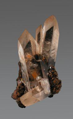 Smithsonite  Tsumeb, Namibia  Thumbnail, 2.3 x 1.5 x 1.2 cm / Mineral Friends <3