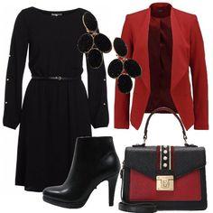 Outfit+adatto+a+diverse+occasioni+composto+da+vestito+con+scollo+a+barca+e+cintura+inclusa,+blazer+e+tronchetti+in+finta+pelle.+Completano+il+look+borsa+a+mano+in+finta+pelle+e+orecchini+in+ottone+e+vetro.