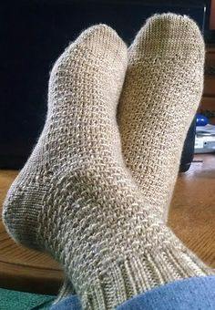 8 Must-See Absolutely Free Sock Knitting Patterns - Tributary Yarns & This Knitted Life
