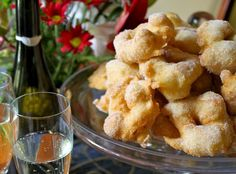 Frittelle: Traditional Italian Christmas Eve Doughnuts