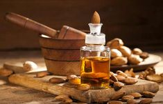 Scalp Remedies How To Stop Hair Breakage – Causes, Home Remedies, And Preventive Tips - Split ends, brittle hair, breakage. May those strands of hair rest in peace! Give these simple home remedies a read to know how to stop hair breakage. Natural Remedies For Allergies, Home Remedies For Hair, Hair Remedies, Almond Benefits, Oil Benefits, Stop Hair Breakage, Chamomile Essential Oil, Essential Oils, Cleaning