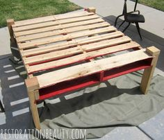 Making An Outdoor Table From A Pallet