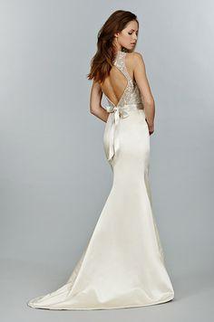 Beautiful open back wedding dress by Tara Keely.
