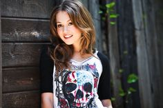 A behind the scenes look at Disney's Kelli Berglund.  A Keith Munyan Photoshoot.  www.keithmunyan.comStylist