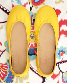 Brighten up any outfit with this vibrant, fun color. Shop Mustard Yellow Tieks and find style inspiration here!