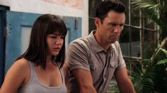"Burn Notice 5x16 ""Depth Perception"" - Michael Westen (Jeffrey Donovan) & Beatriz (Ilza Rosario)"