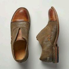 Amelia shoes, Sundance