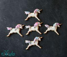 Watercolor Painted Unicorn Sugar Cookies Tutorial | Tikkido.com