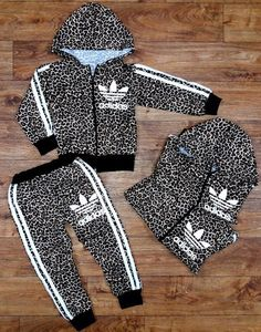 Baby Girl Fashion, Toddler Fashion, Toddler Outfits, Baby Boy Outfits, Kids Fashion, Outfits Niños, Kids Outfits, Sport Outfit, Swagg