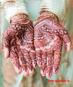 This picture speaks to the structure in which you can see the delightful blooms and the leaves are associated and drawing mehndi plan pleasantly. Wedding Mehndi Designs, Mehndi Designs For Hands, Hand Mehndi, New Launch, Easy Drawings, Product Launch, Leaves, Bridal, Beautiful