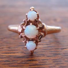 Victorian Antique Ring | 10K Gold and Genuine Opals.