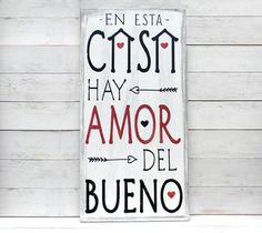 Letrero vintage | EN ESTA CASA HAY AMOR DEL BUENO Home Crafts, Diy And Crafts, Decoupage Vintage, Wall Signs, Sweet Home, Cool Stuff, Projects To Try, Home Decor, Quotes
