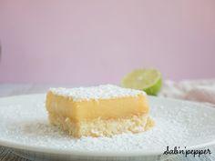 Carrés au citron vert saupoudrés de sucre glace #gouter #gouterfacile #goutercitron