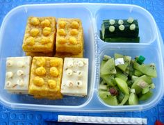 My 9 year old nephew loves Legos. When I noticed that the BOTW theme this week at Bento Blog Network will be Lego, I knew that I had to make another Lego themed lunch for him. I found the Lego pick...