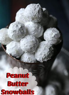 Quick & Easy No Bake Peanut Butter Snowballs Recipe | Jenns Blah Blah Blog Recipes, DIY Projects, Tips, Tricks & the Sweet Stuff Xmas Cookies, Brownie Cookies, No Bake Cookies, Snowball Cookies, Baking Cookies, Quick Easy Desserts, Delicious Desserts, Yummy Treats, Sweet Treats