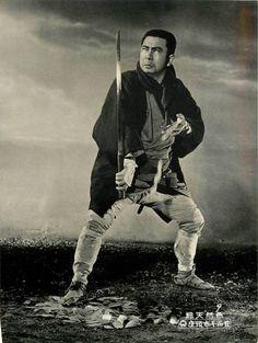 Lobby card for Zatoichi And The Chest of Gold (座頭市千両首), 1964, directed by Kazuo Ikehiro (池広一夫) and starring Shintaro Katsu (勝新太郎). #samuraimovies #zatoichi #chambara