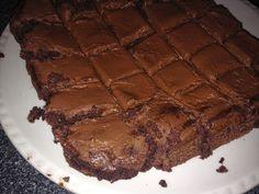 Coffee & Cosmetics: Slimming World Chocolate Brownies Slimming World Brownies, Slimming World Sweets, Slimming World Diet, Slimming World Recipes, Sweet Desserts, Sweet Recipes, Dessert Recipes, Cooking Recipes, Tuna Recipes