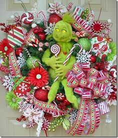 obSEUSSed: Grinch Christmas Craft Round-up