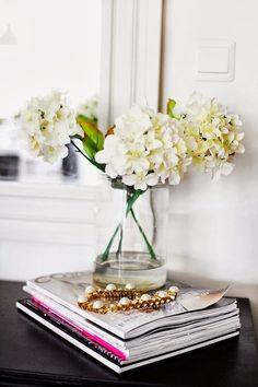 Dresser || magazines, flowers, jewelry