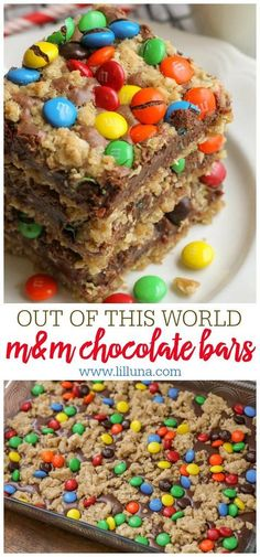 One of the best bar recipes you'll ever try! These M&M Chocolate Oat bars h… One of the best bar recipes you'll ever try! These M&M Chocolate Oat bars have layers of oats, a sweetened condensed milk and chocolate center topped with more oats and M&Ms. M&m Chocolate Bar, Chocolate Oat Bars Recipe, Chocolate Recipes, Chocolate Ganache, Chocolate Chips, Chocolate Topping, White Chocolate, Chocolate Cake Recipe With Sweetened Condensed Milk, Oatmeal Chocolate Bars