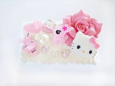 Pretty pink kawaii sparkle decoden box by CapricaAccessories, $20.00