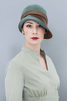 Reinvented classic. Cloche hat with leather band