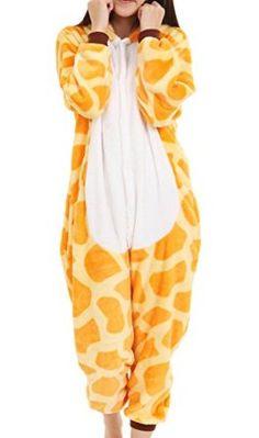 Giraffe sleepwear~this is so funny!