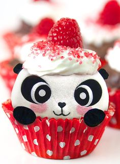 Find images and videos about cute, food and panda on We Heart It - the app to get lost in what you love. Panda Cupcakes, Panda Birthday Party, Panda Party, Birthday Songs, Birthday Cakes, Bolo Panda, Panda Food, Yummy Treats, Sweet Treats