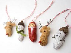 DIY Christmas ornaments - Peanuts!