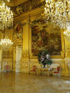 world of wonder awaits you. Le Palace, Royal Palace, Classic Architecture, Architecture Design, Palaces, Dream Fantasy, Royal Fashion, Style Fashion, Old World