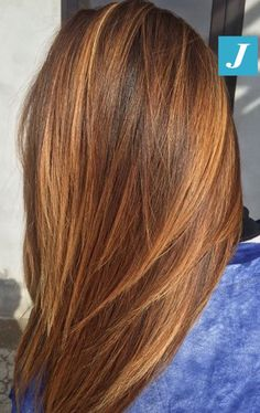 Inimitable nuances of Degradé Joelle. # … - All For Hair Color Balayage Brown Blonde Hair, Brunette Hair, Ombre Hair, Balayage Hair, Medium Hair Styles, Short Hair Styles, Auburn Hair, Hair Affair, Hair Highlights