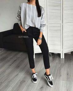 trendy fashion wallpaper black and white Casual Sporty Outfits, Trendy Outfits, Winter Outfits, Cute Outfits, Fashion Outfits, Fashion Ideas, Trendy Shoes, Fashion Mode, Trendy Fashion