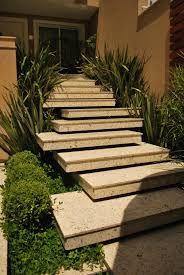 Resultado de imagem para escadas de jardim