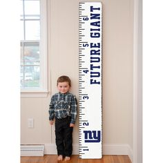 Looking for ideas to decorate a boys room? This NFL Growth Chart is the perfect touch. Choose any of your favorite NFL teams.