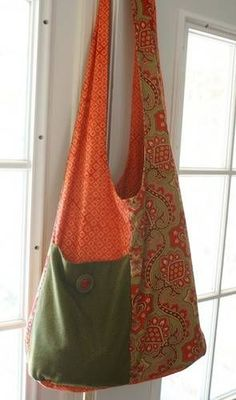 """free knitted slouch bag   ... is from the pattern """"Fabric Lover's Slouch Bag"""" by Seams and Dreams"""