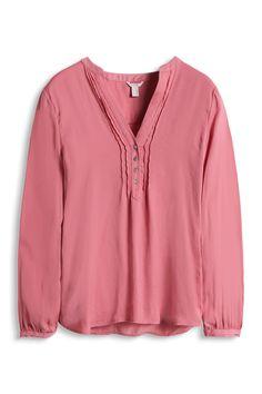 Esprit - Fließende Hemdbluse mit Biesen im Online Shop kaufen Shirt Blouses, Shirts, Catwalks, Blouse Online, Neue Trends, Capsule Wardrobe, Blouses For Women, Jeans, Sweaters