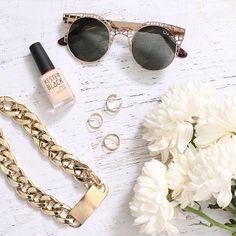 Shop @ http://bb.com.au fashion accessories, round sunglasses, nude nailpolish, kester black, flowers, gold chain, fine jewellery, gold plate chain